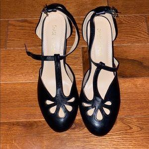 Chase + Chloe heels